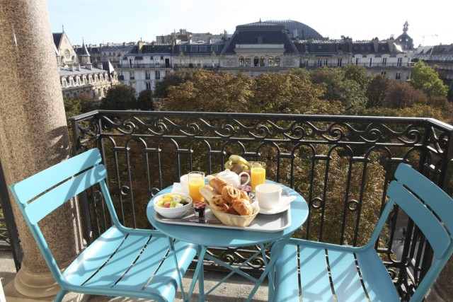 little palace hotel balcony breakfast garden view alt